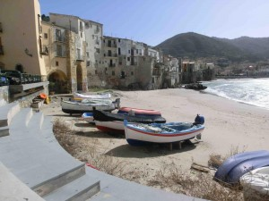 Winter breaks: Cefalu harbour and beach