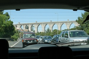 Fuel Prices: Busy road near the Lisbon Aqueduct