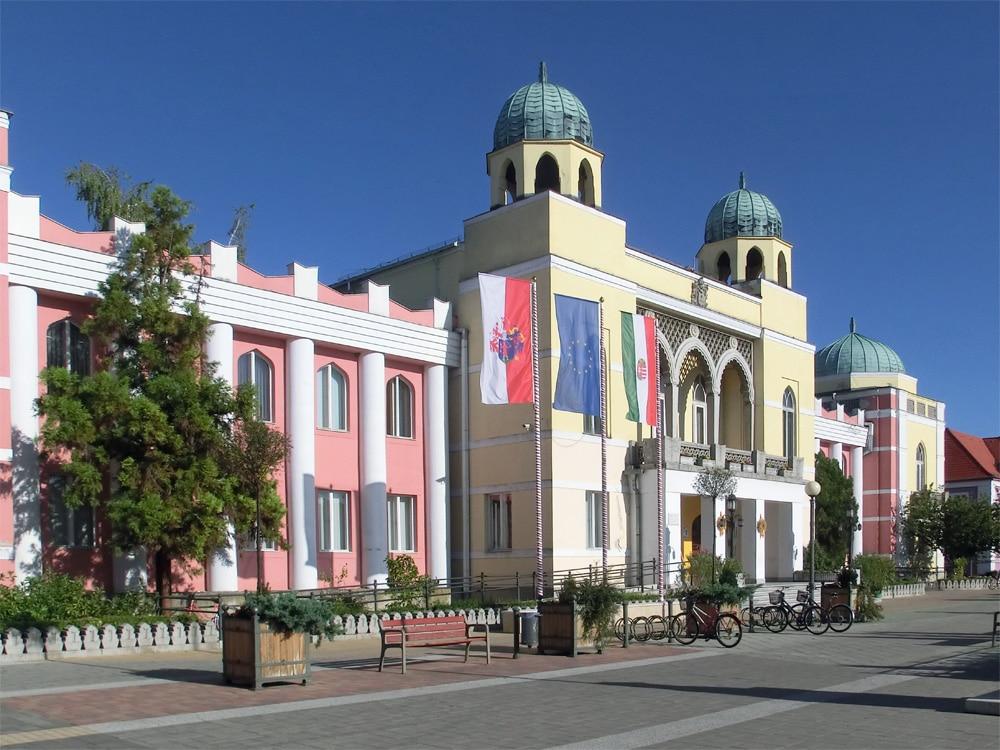 Mohács - Moorish style Town Hall