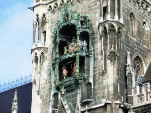 Munich - Glockenspiel in Marienplatz