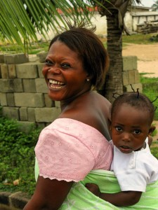 Smile - Woman and child, Dar es Salaam, Tanzania