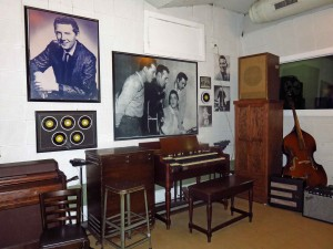 Sun Studio with photo of the Million Dollar Quartet: Elvis Presley, Jerry Lee Lewis, Carl Perkins, and Johnny Cash