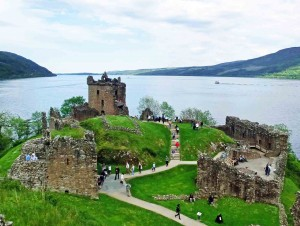 Urqhuart Castle and Loch Ness