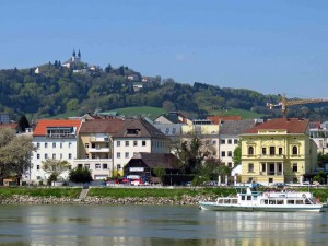 Looking across the Danube to Pöstlingbergkirche on the hill