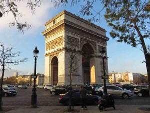 Paris: Arc de Triomphe in November Sunshine