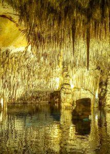 Mysterious underground Lake Martel