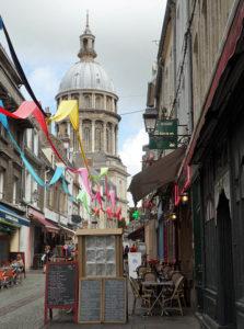 Sidewalk cafés and the Basilica