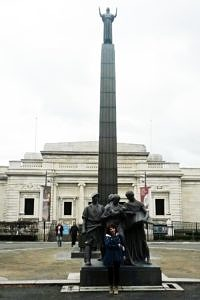 Lady Lever Art Gallery with Lord Lever Monument