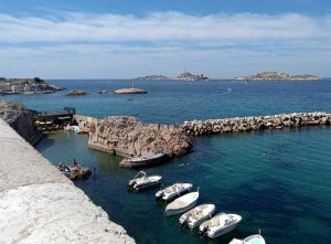 Pointe Cadière looking towards Frioul Archipelago