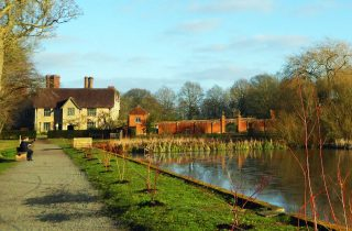 Lakeside walk at Packwood House