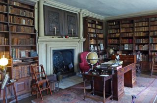 Canons Ashby: The Book Room