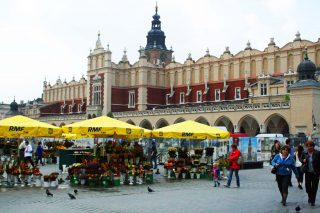 Kraków: The Cloth Hall in the Main Square